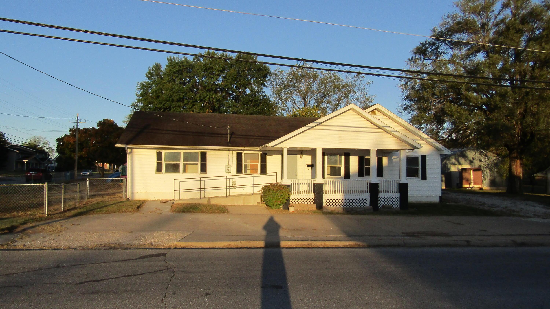 921 South Pike Avenue Bolivar, MO 65613