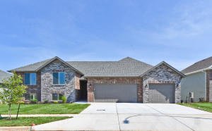 774 East Penzance Circle, Nixa, MO 65714