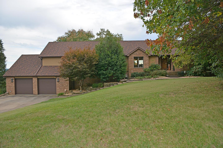 1526 East Groves Drive Ozark, MO 65721