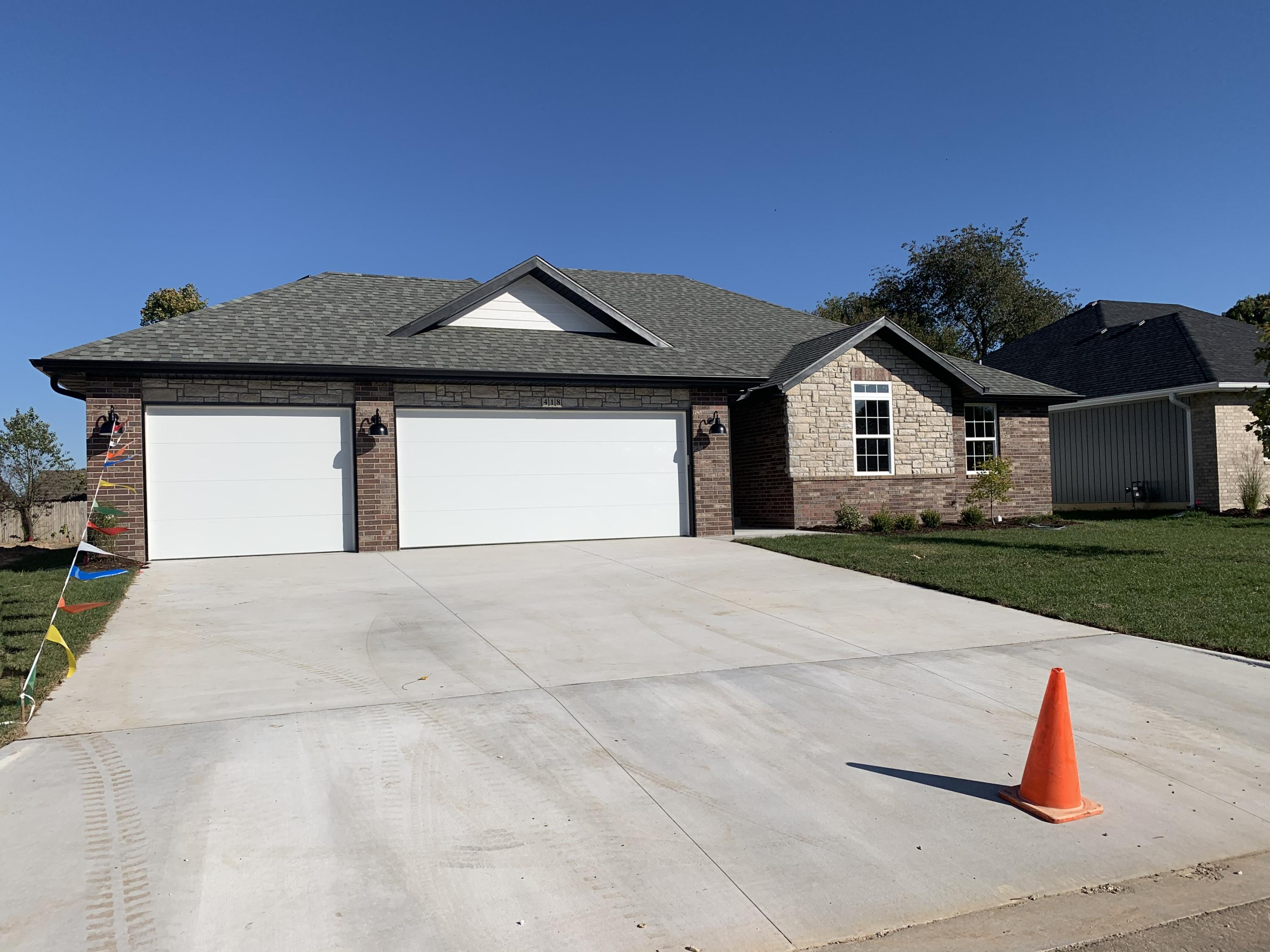 418 Laurel Lane Nixa, MO 65714