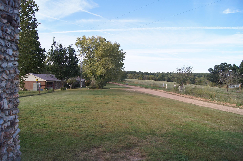 1481 Carlin Ridge Road Rocky Comfort, MO 64861