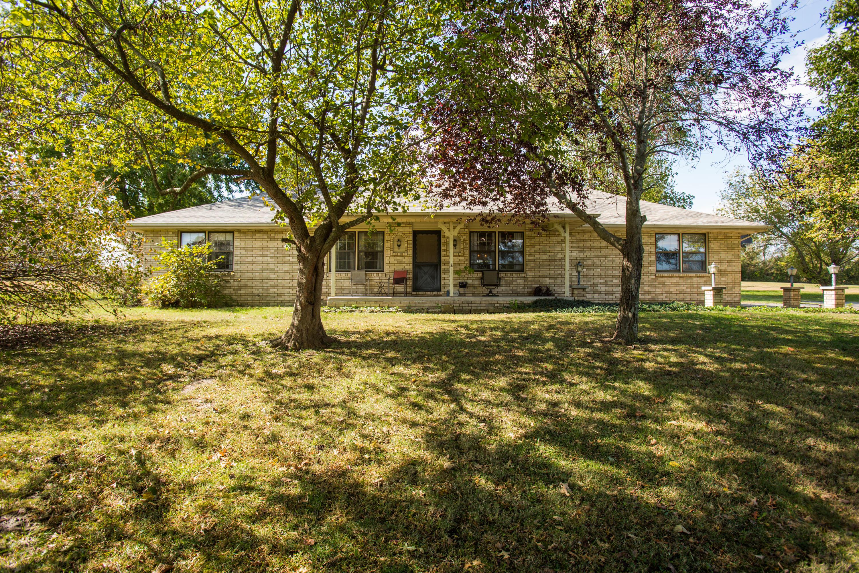 8425 Meadow Lake Drive Willard, MO 65781