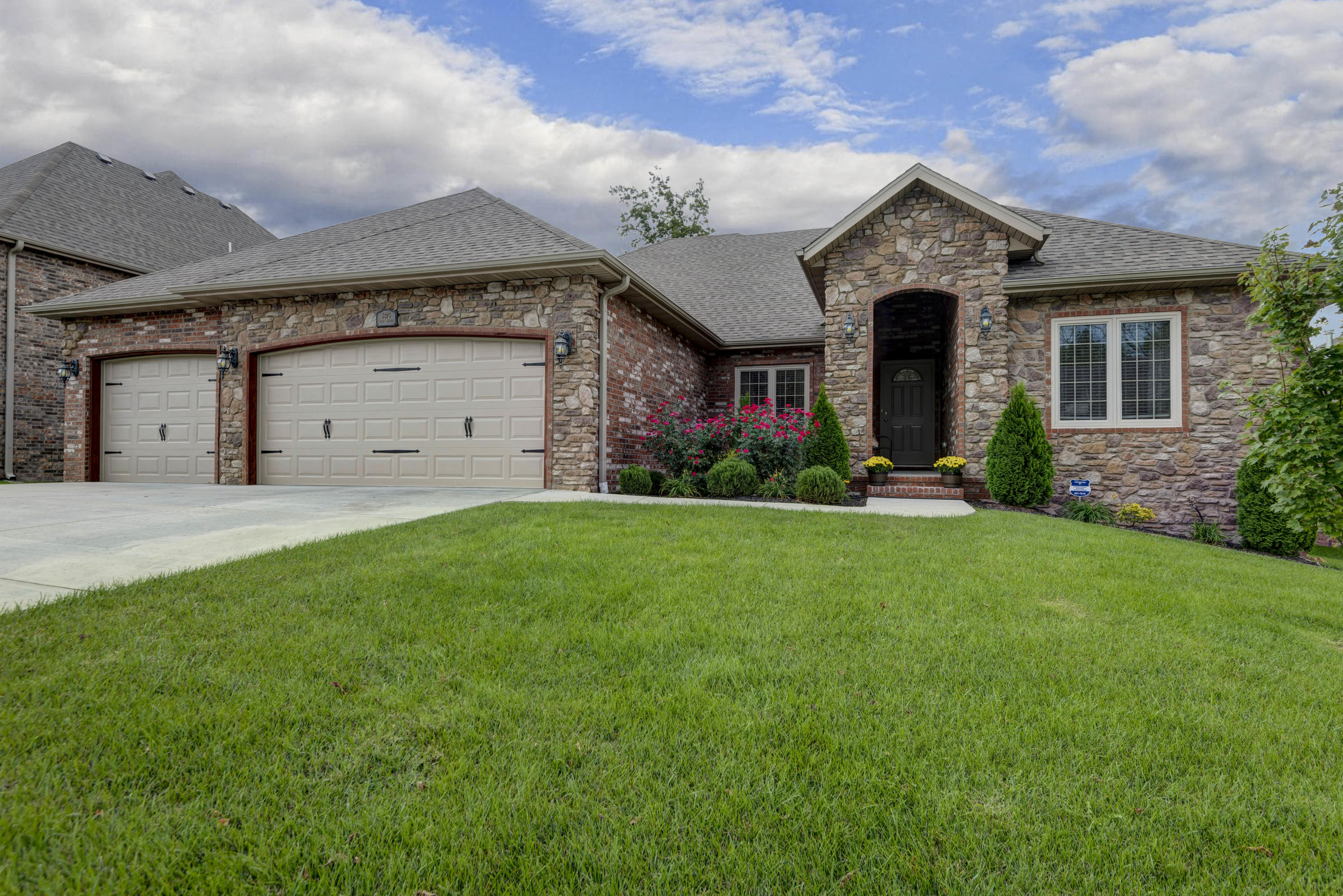 5376 South Faust Avenue Springfield, MO 65810