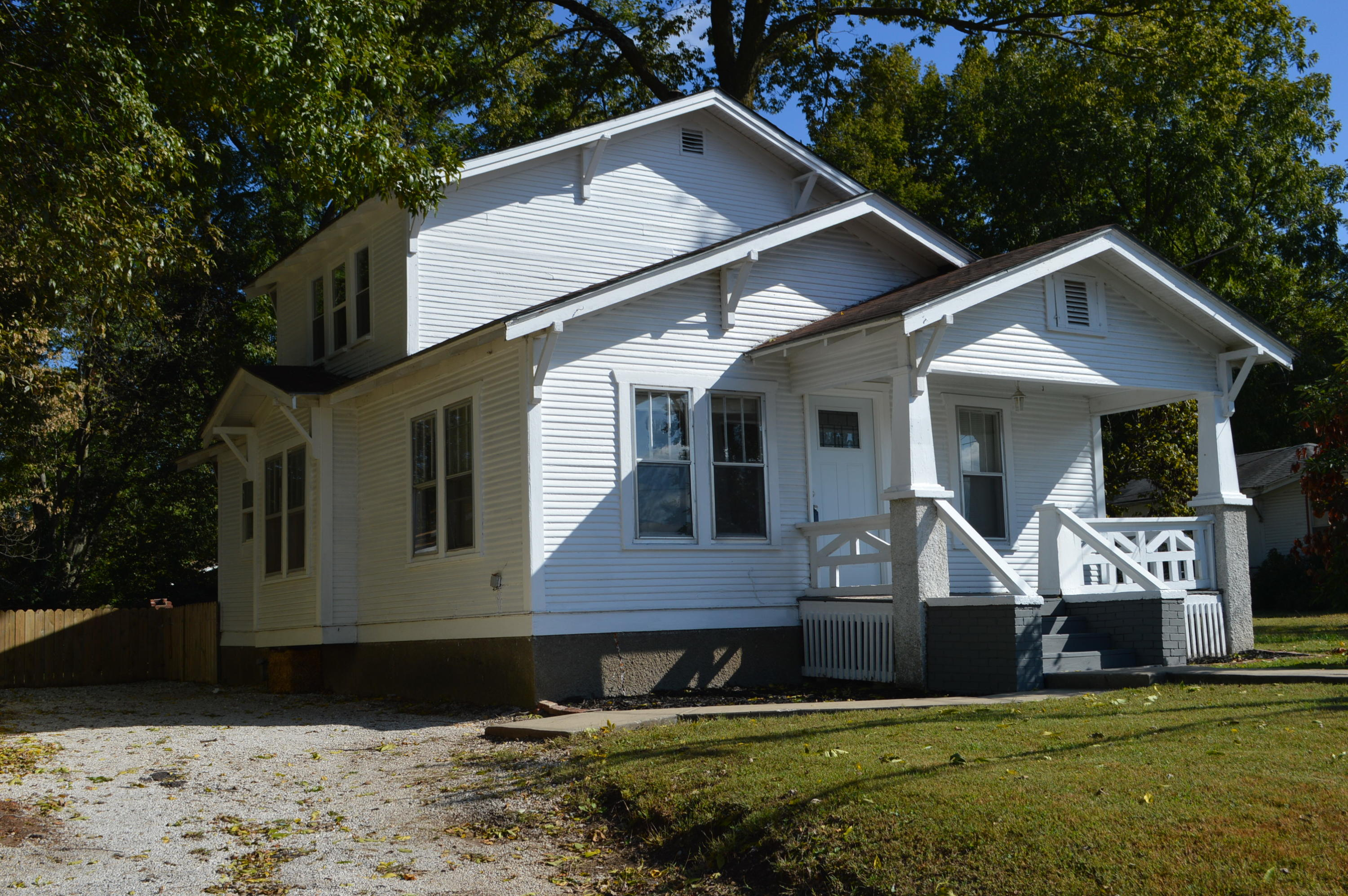1016 South Fort Avenue Springfield, MO 65807
