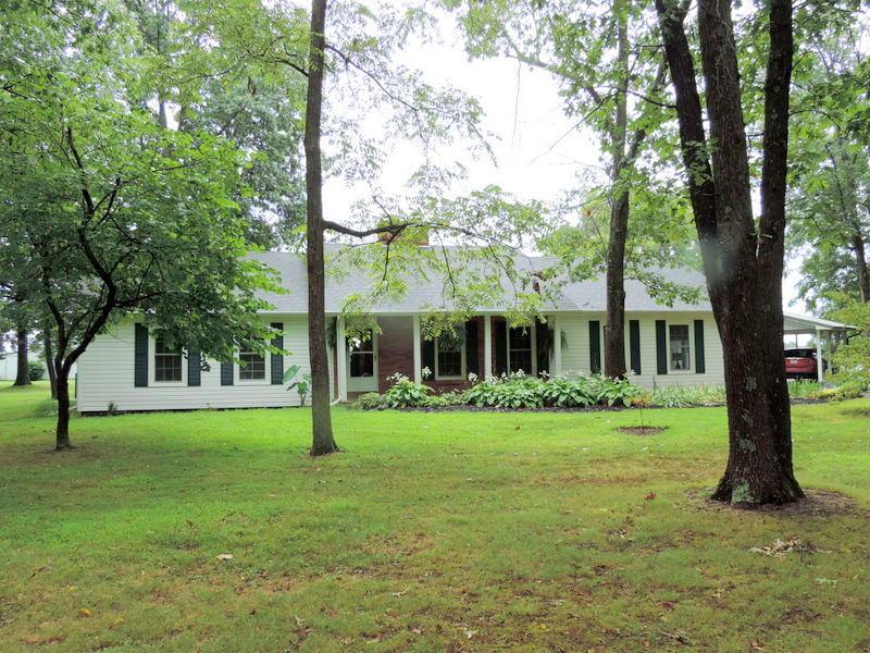 488 Oak Ridge Road Sparta, MO 65753