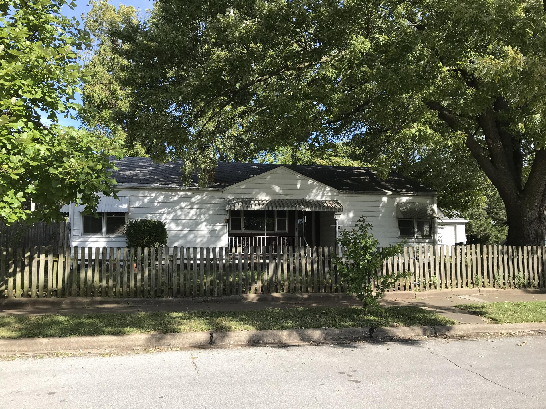 823 East Webster Street Springfield, MO 65802