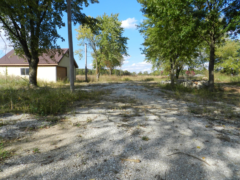 7575 Farm Road 128