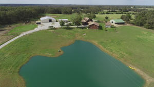 160 acres, 2 homes, 7 ponds