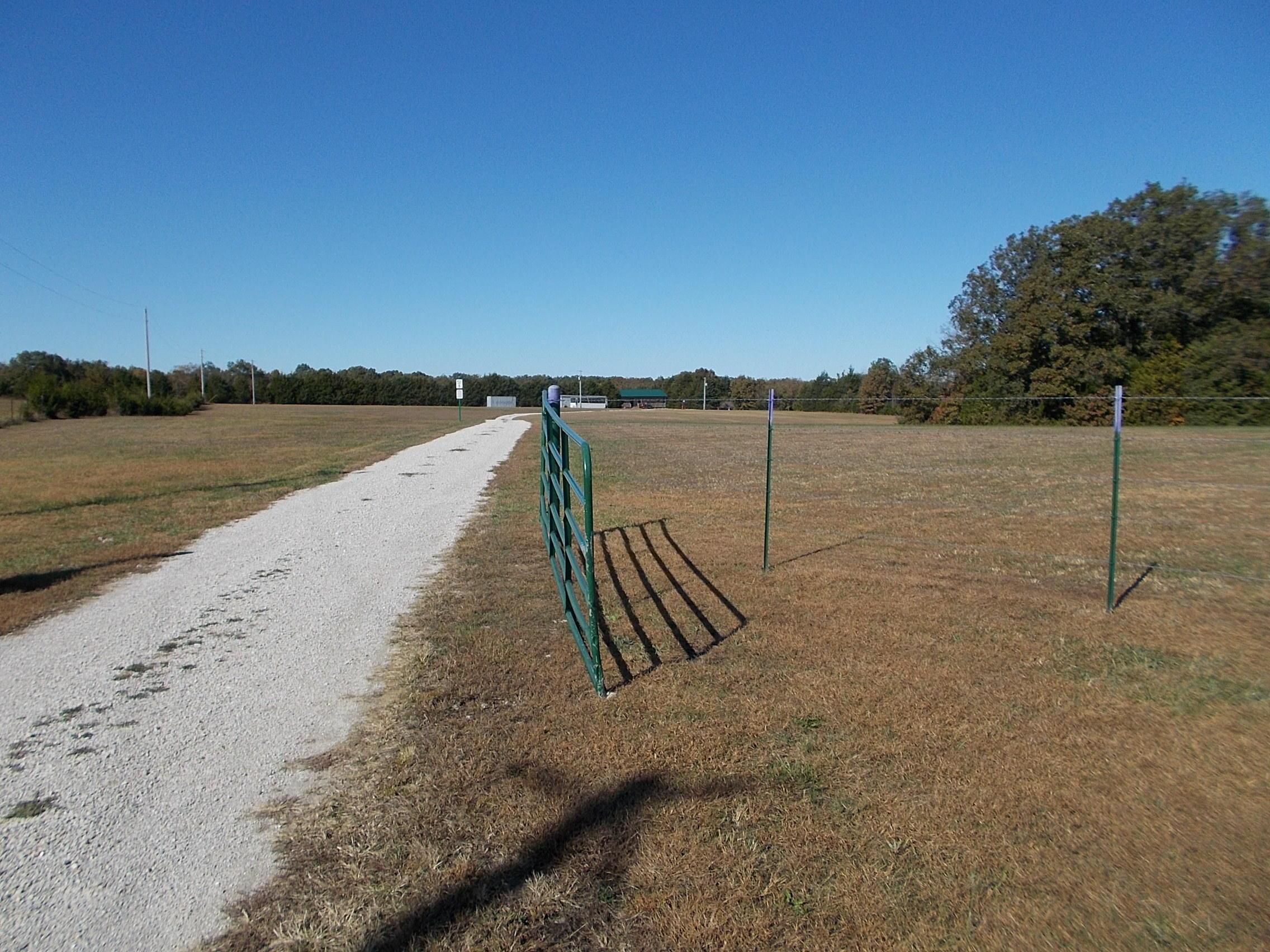 29 Fawn Trail Long Lane, MO 65590