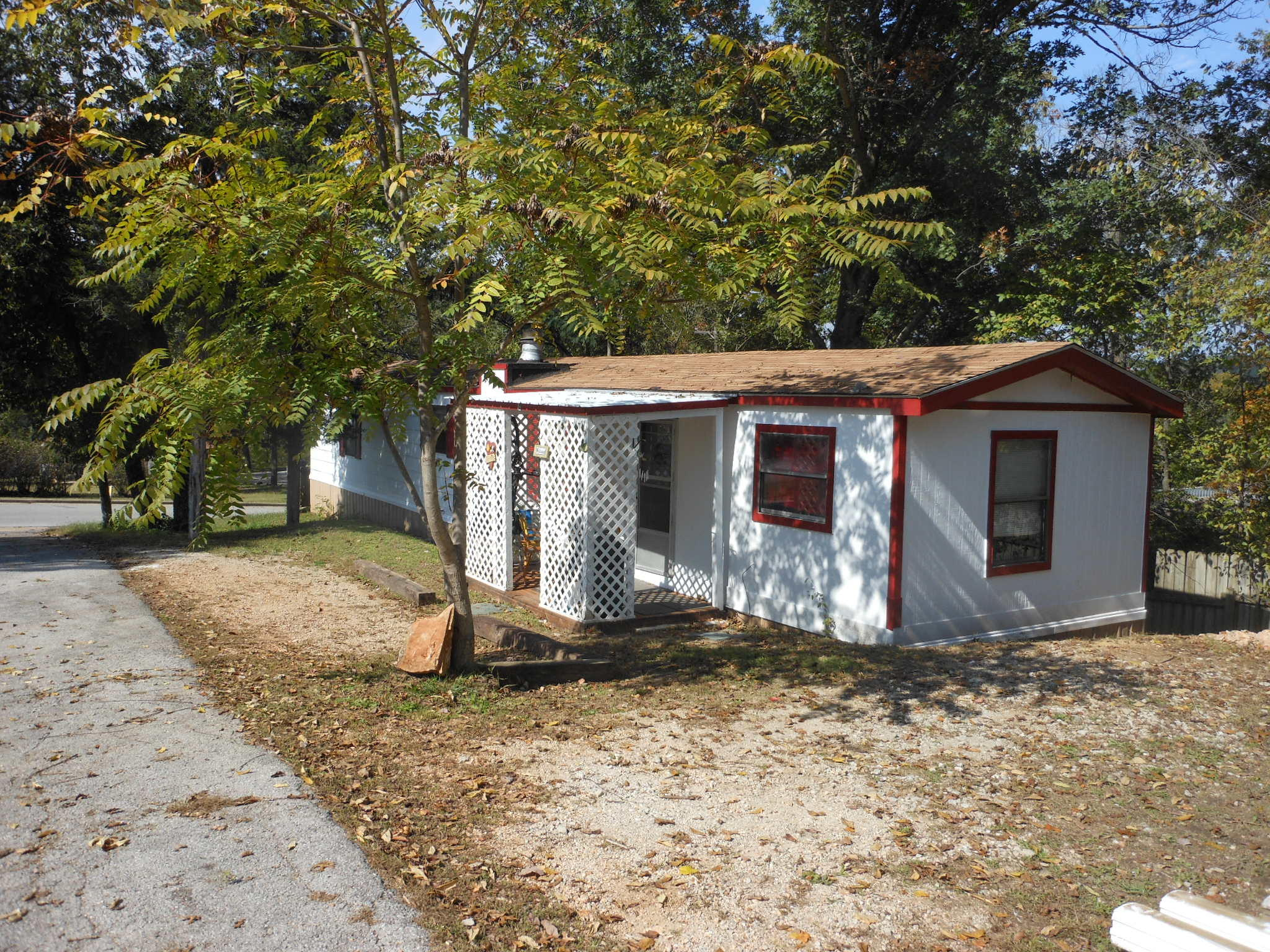 235 Evergreen Street Hollister, MO 65672