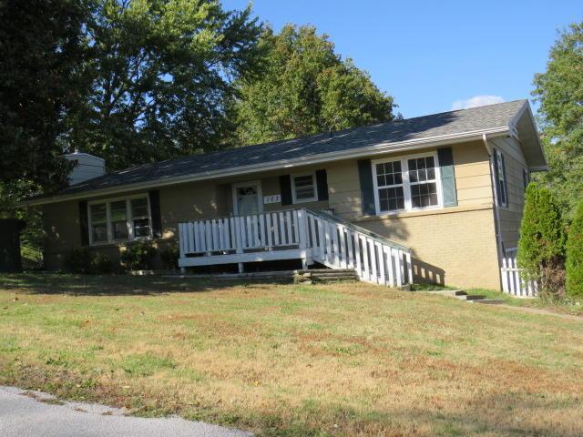 103 West Wren Street Ozark, MO 65721