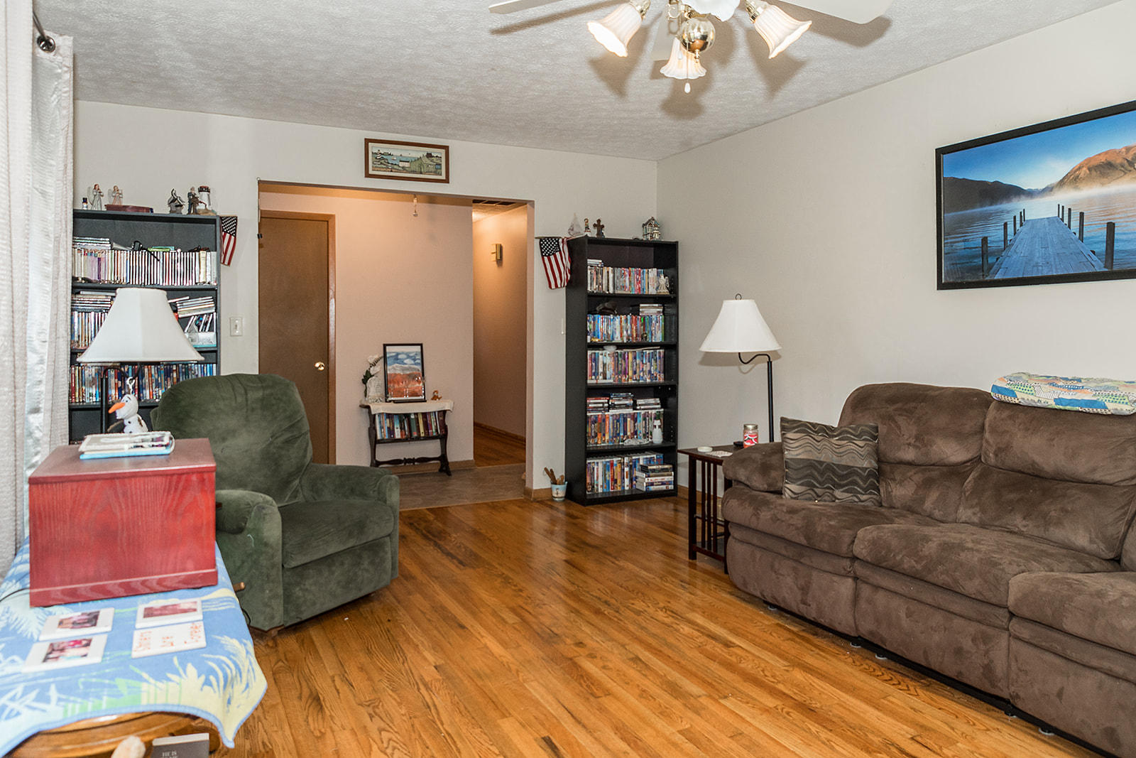 761 South Orchard Crest Avenue Springfield, MO 65802