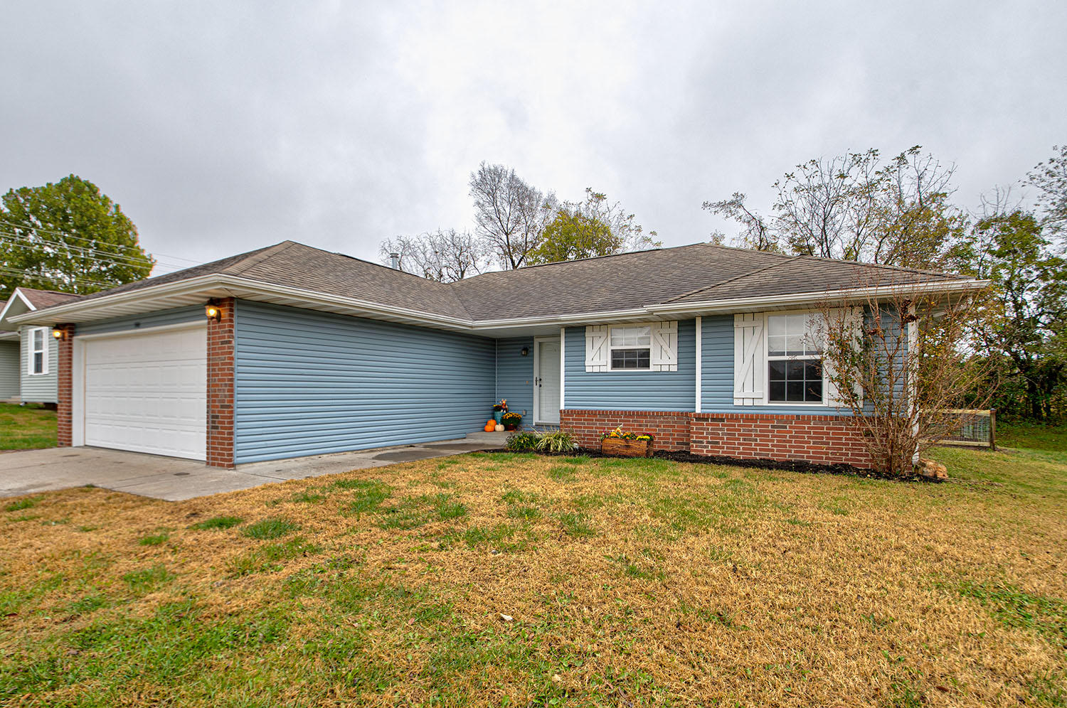 586 Texas Avenue Republic, MO 65738