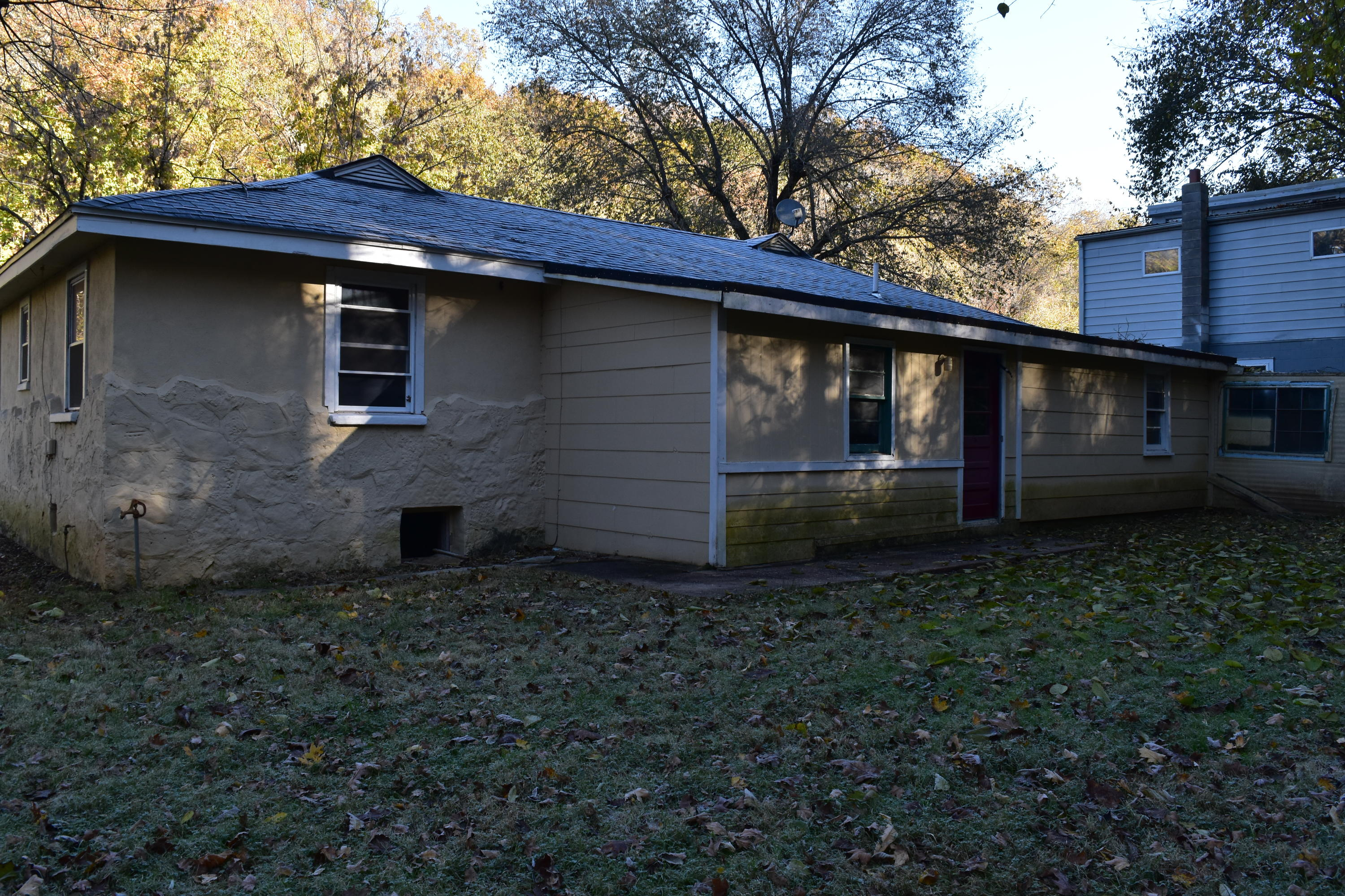106 East State Hwy Reeds Spring, MO 65737
