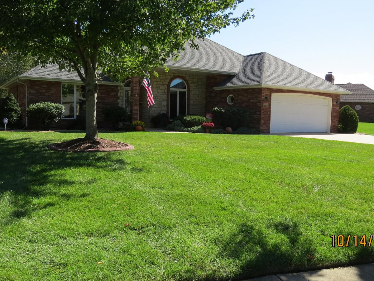 3824 South Tolliver Avenue Springfield, MO 65807