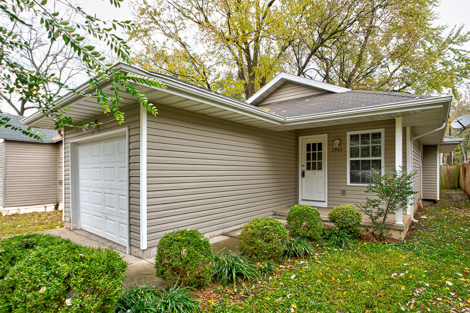 2943 West Page Street Springfield, MO 65802