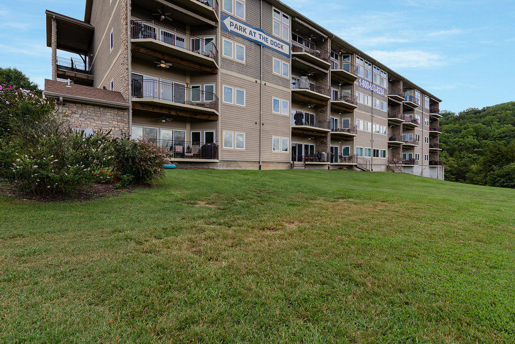 228 #403 Seven Cove Lane Kimberling City, MO 65686