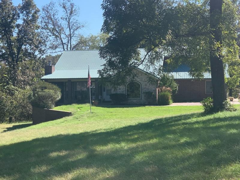 270 Craig Road Walnut Shade, MO 65771