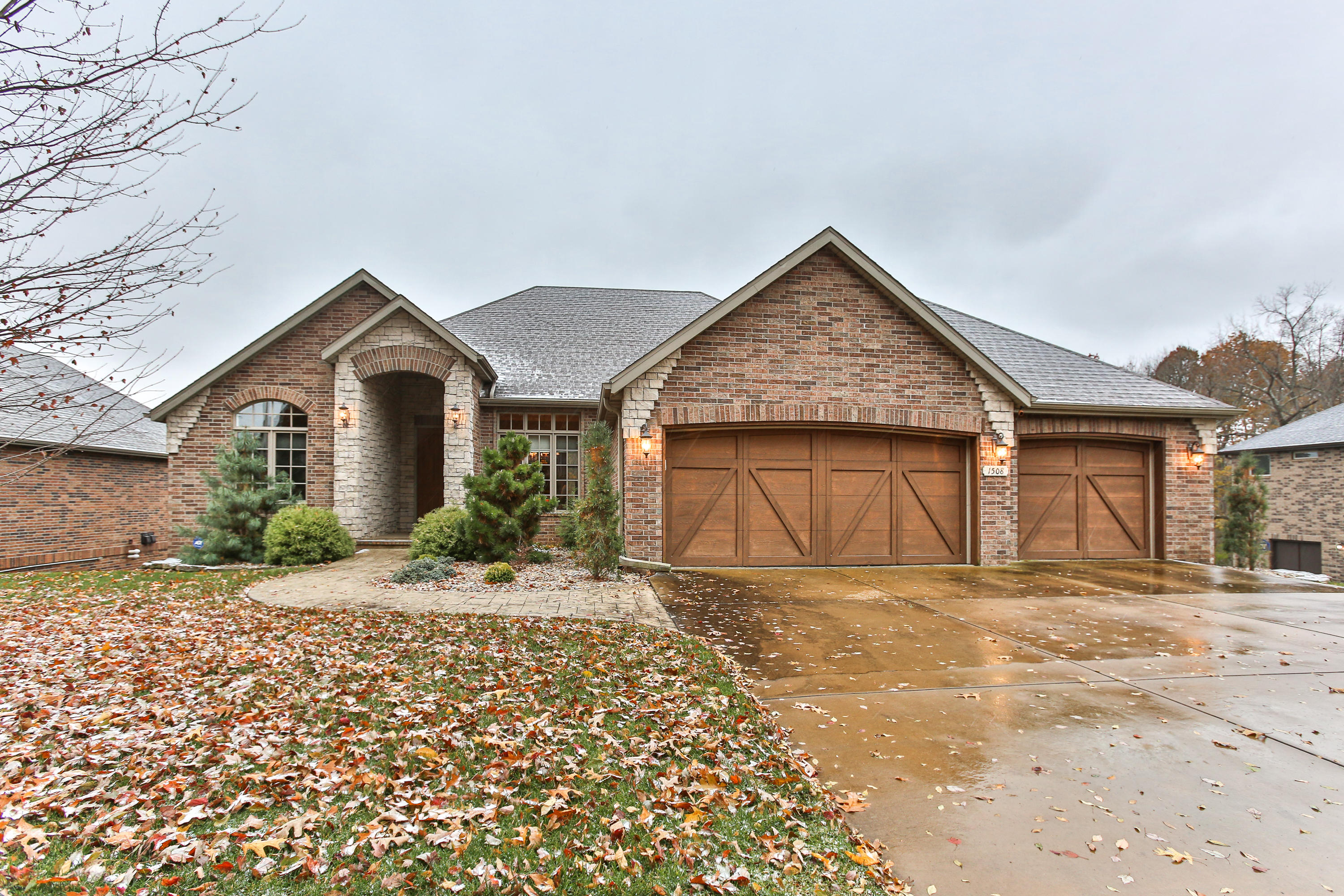 1508 East River Oaks Lane Springfield, MO 65804