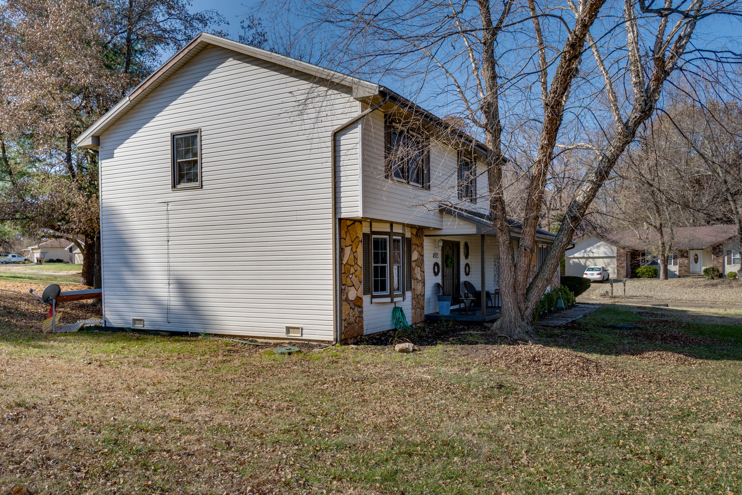 4915 South Farm Road Springfield, MO 65810