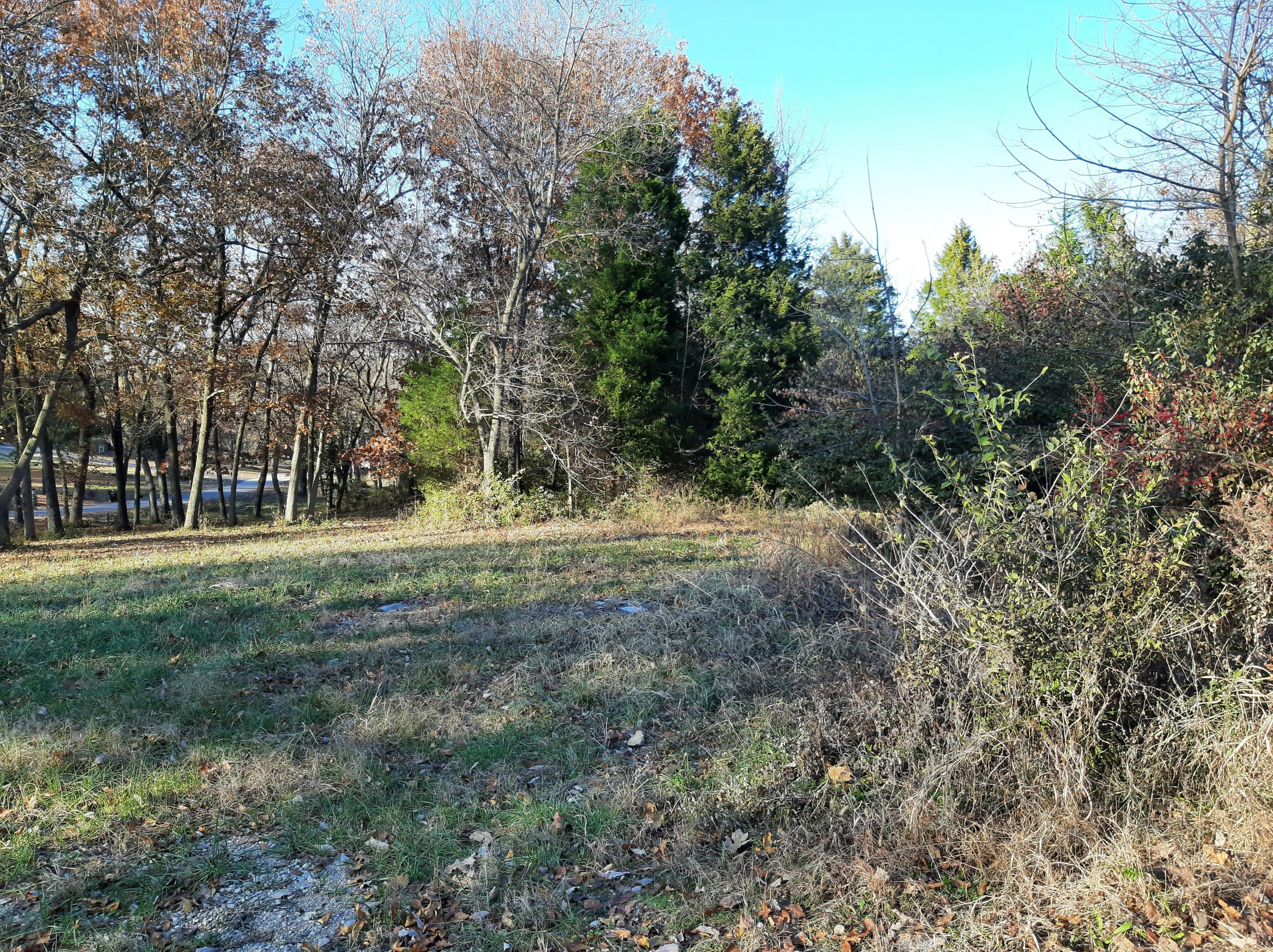 5736 South Foxboro Trail Springfield, MO 65804