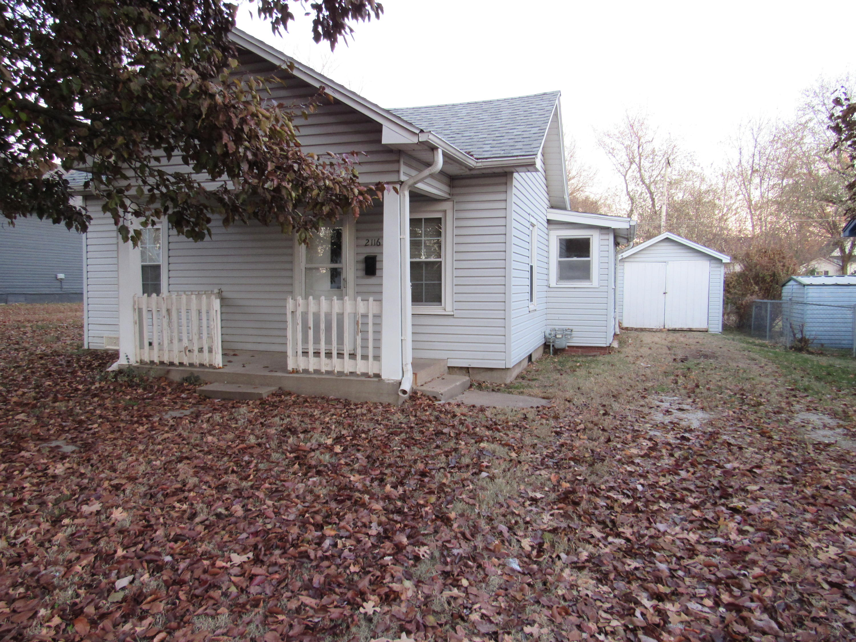 2116 North Fremont Avenue Springfield, MO 65803