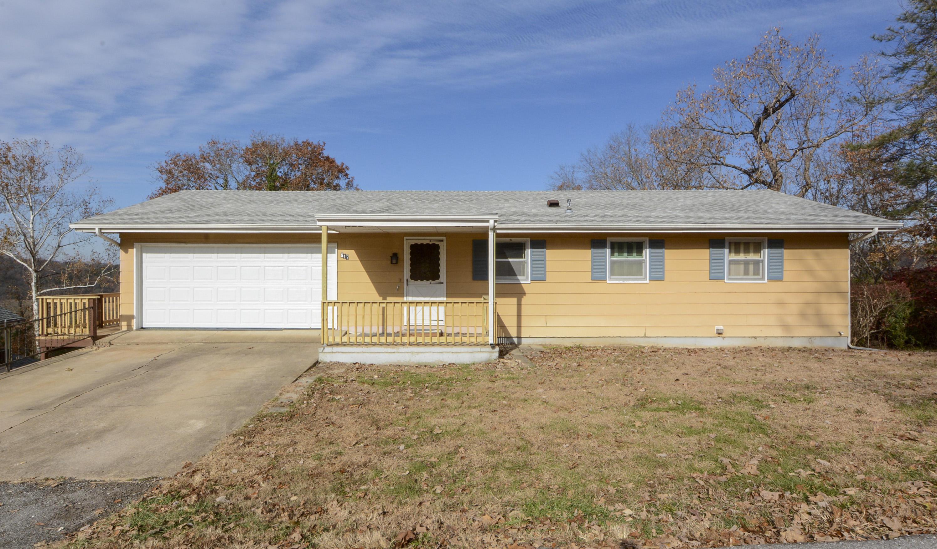 817 Wayland Drive Forsyth, MO 65653