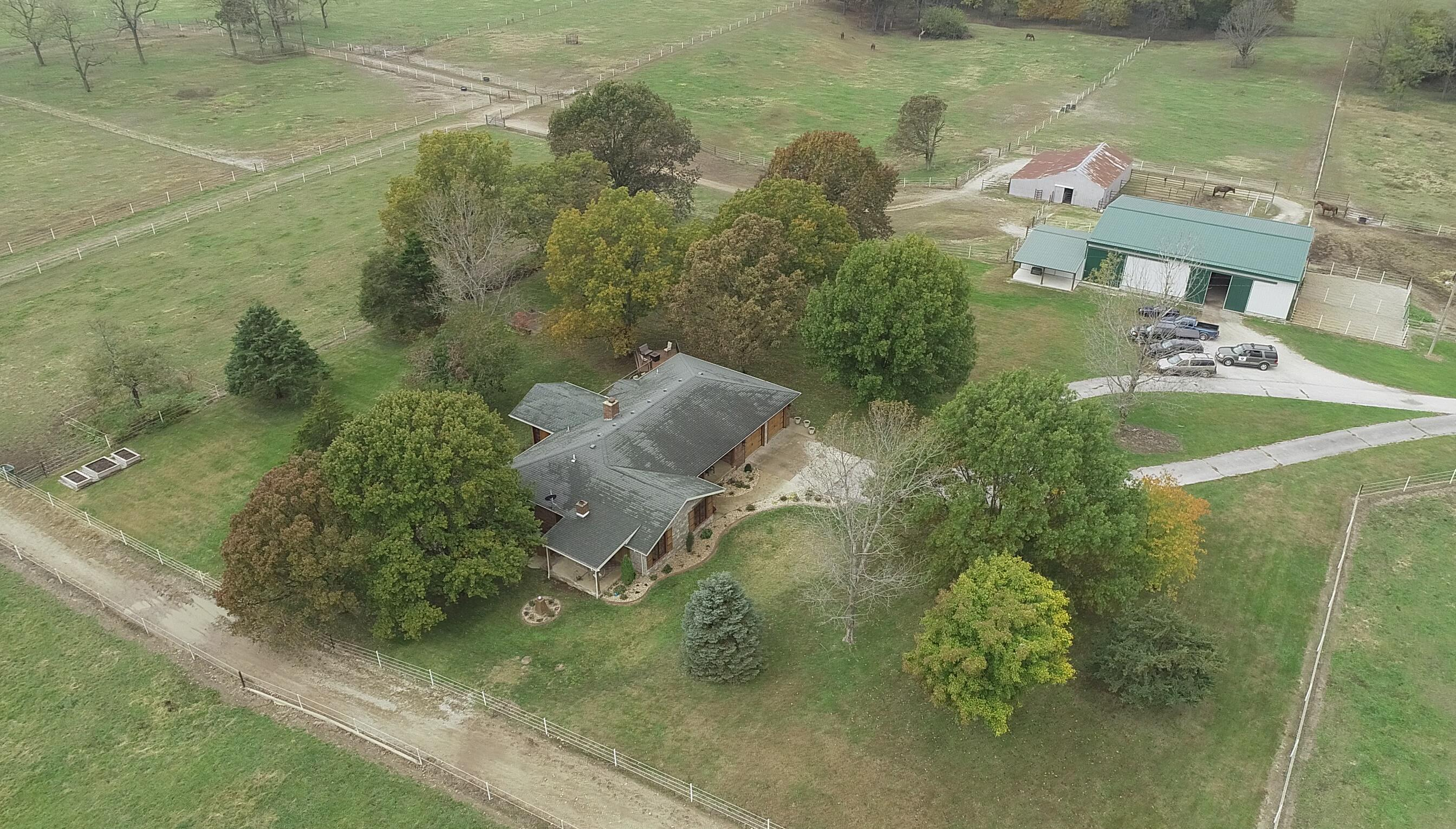 256 Century Farm Road Rogersville, MO 65742
