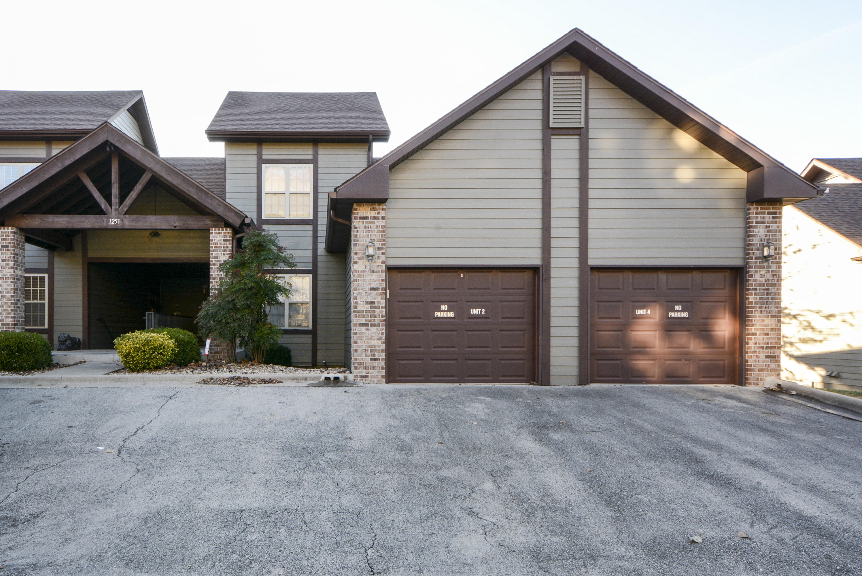 1251 #2 Golf Drive Branson West, MO 65737