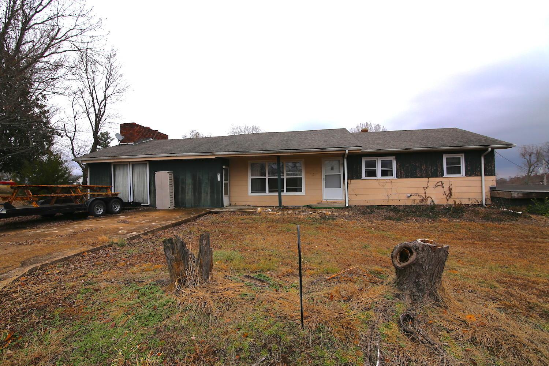 406 Barton Street Alton, MO 65606
