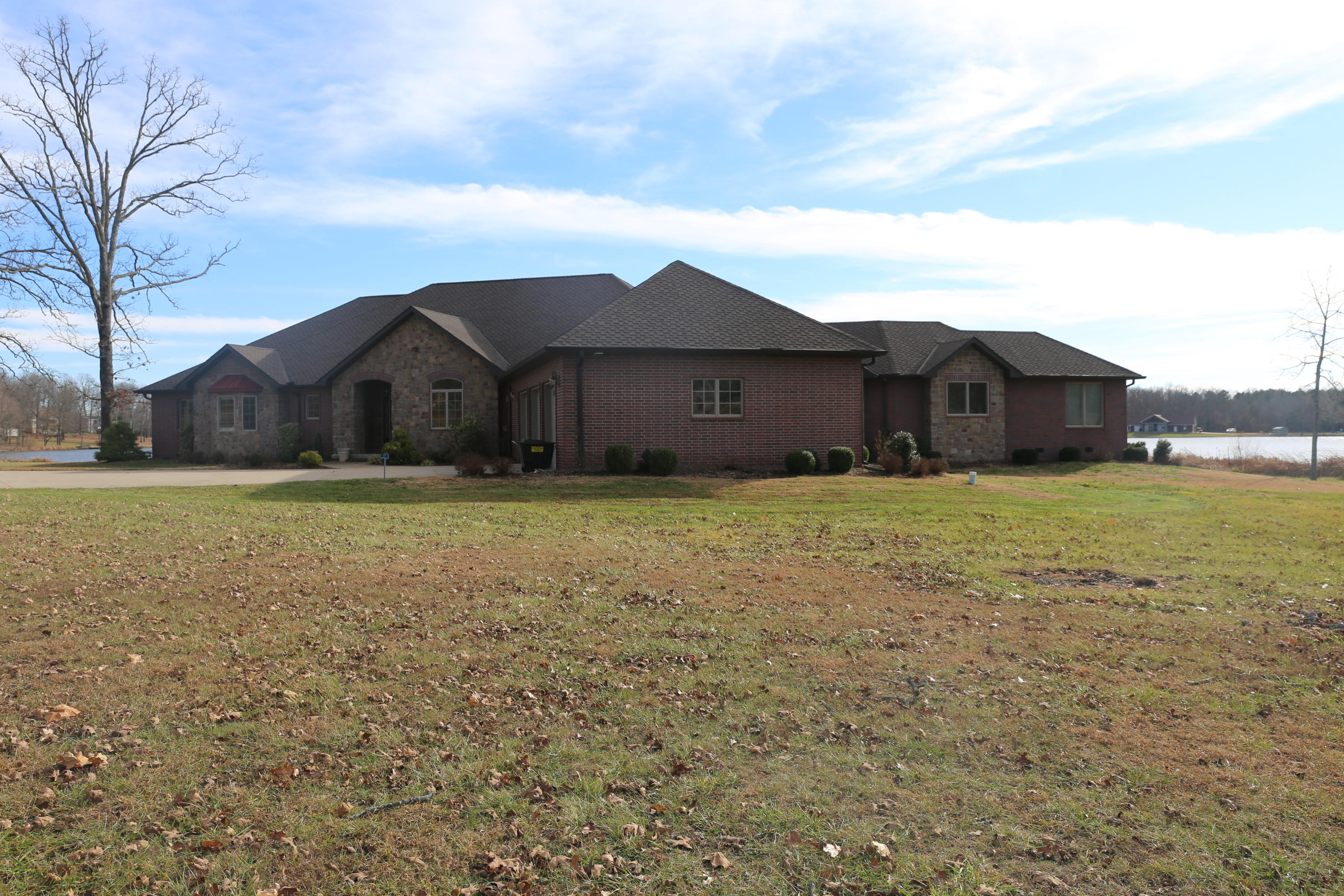 4932 County Road West Plains, MO 65775