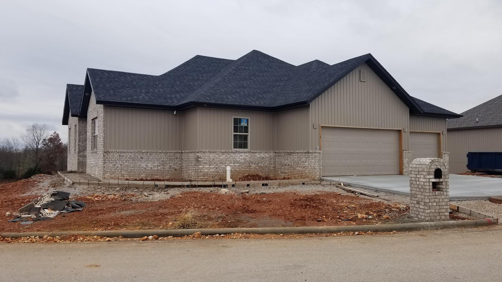 854 South Dry Gulch Road Nixa, MO 65714
