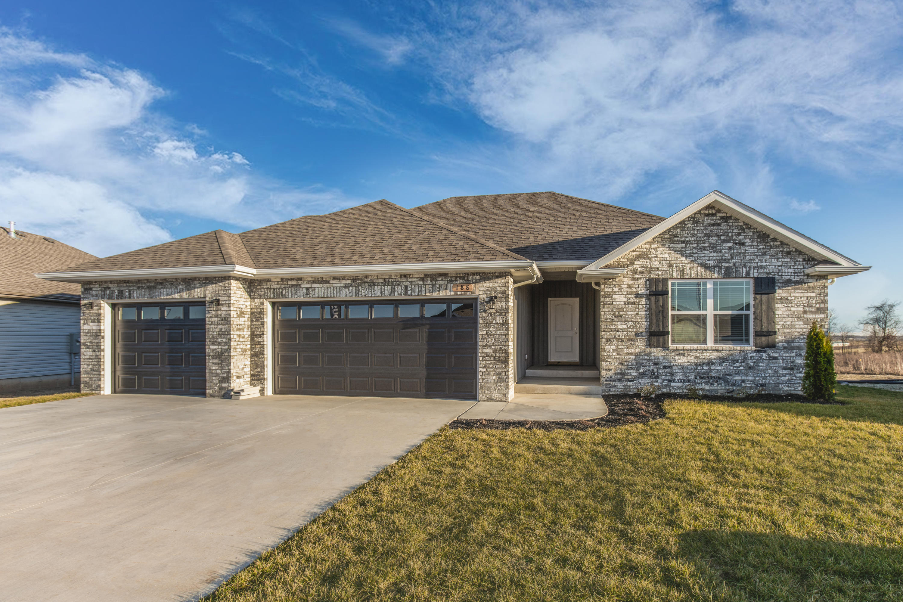 188 West Picardy Republic, MO 65738