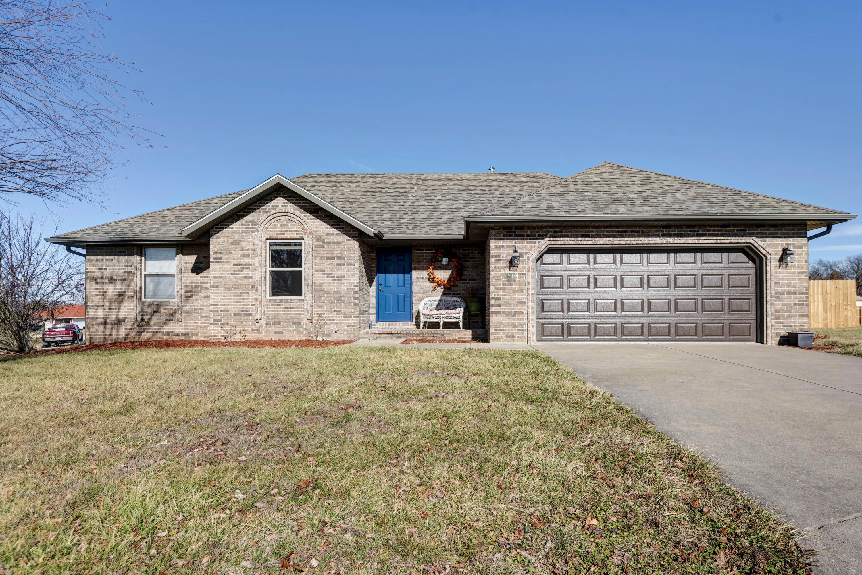 5710 North 13th Avenue Ozark, MO 65721