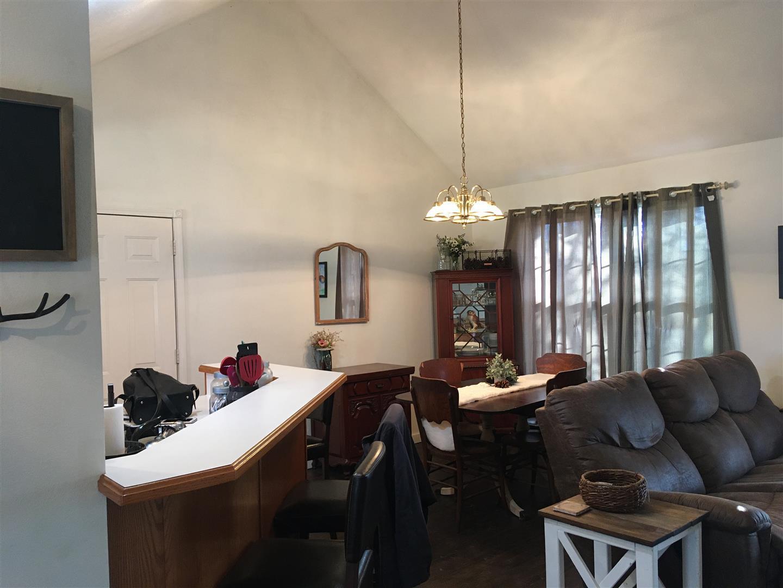 5 Eastwood Lane Buffalo, MO 65622