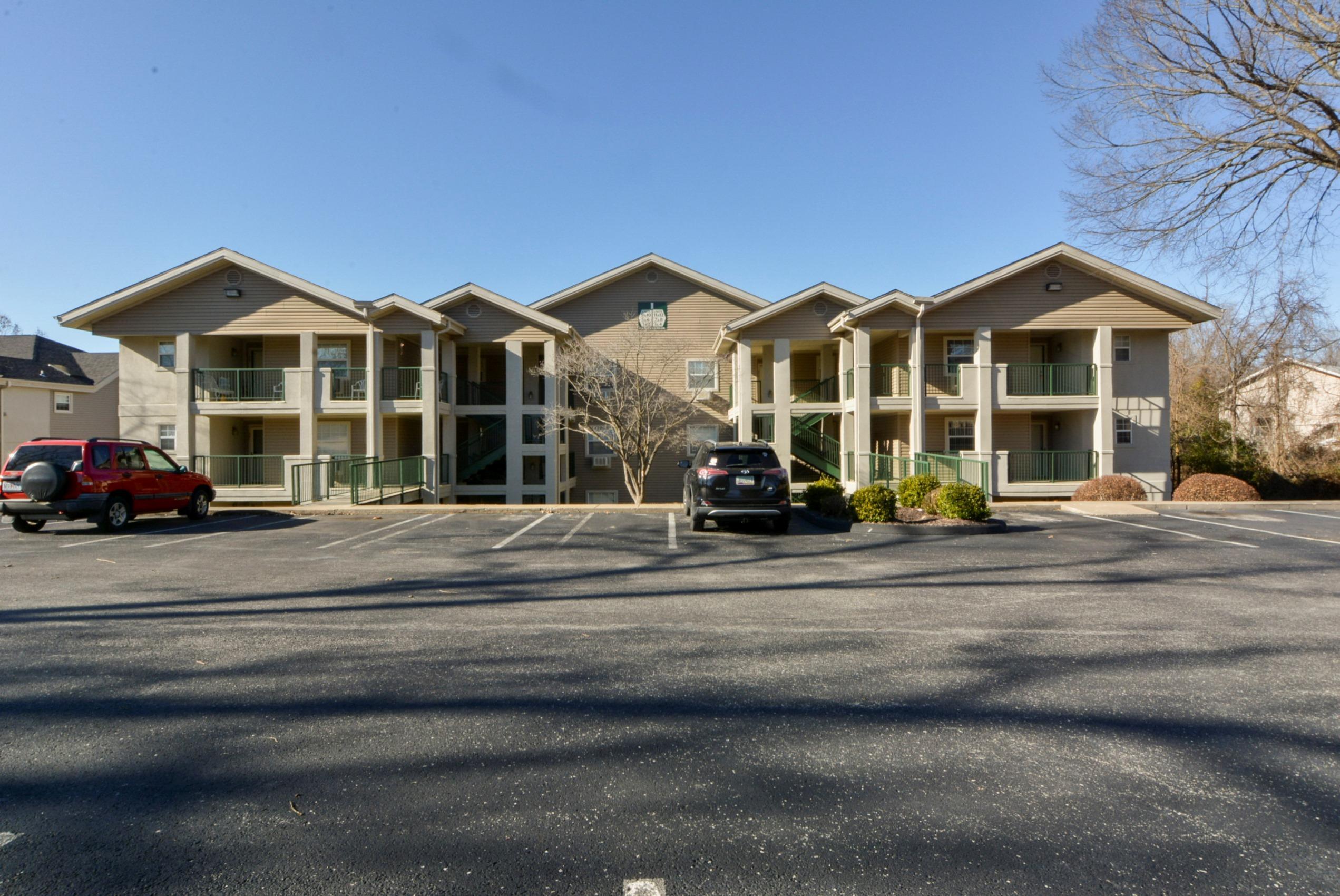 155 West #4 Rockford Drive Branson, MO 65616