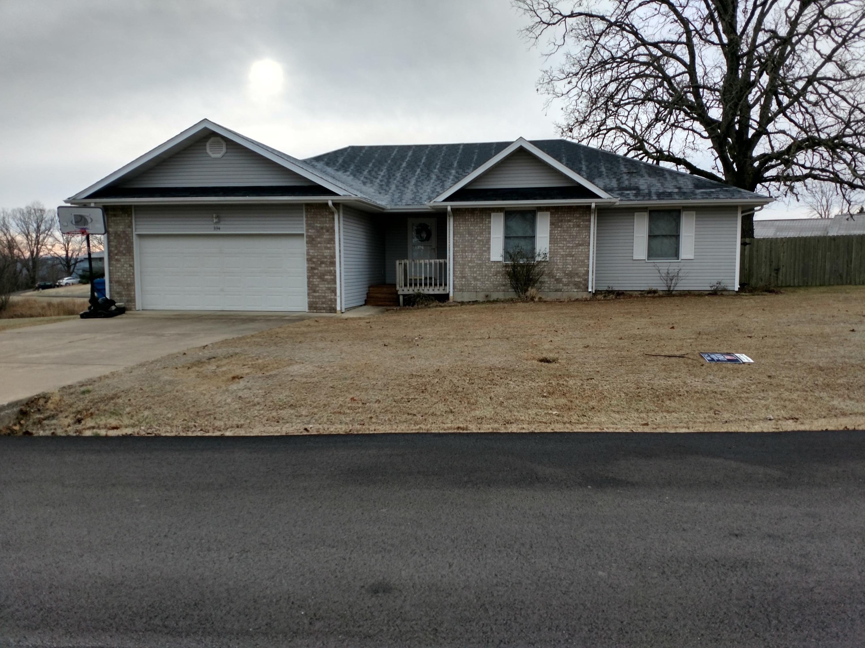 334 Santa Fe Drive Forsyth, MO 65653