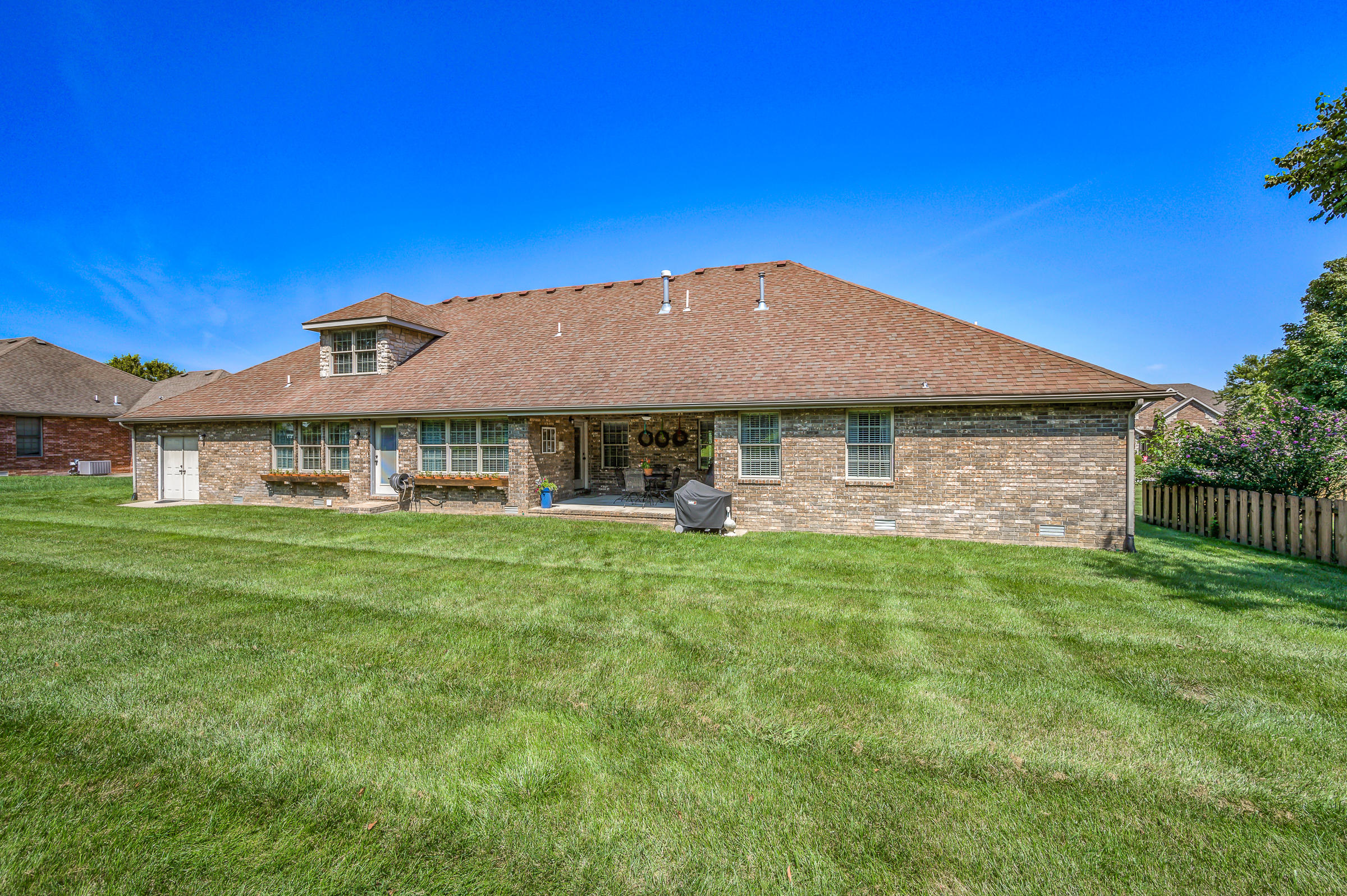 4310 Fair Haven Drive Nixa, MO 65714
