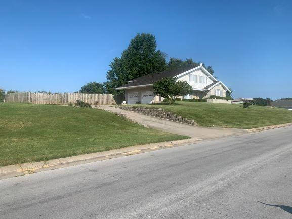 4347 North Shirley Avenue Springfield, MO 65803