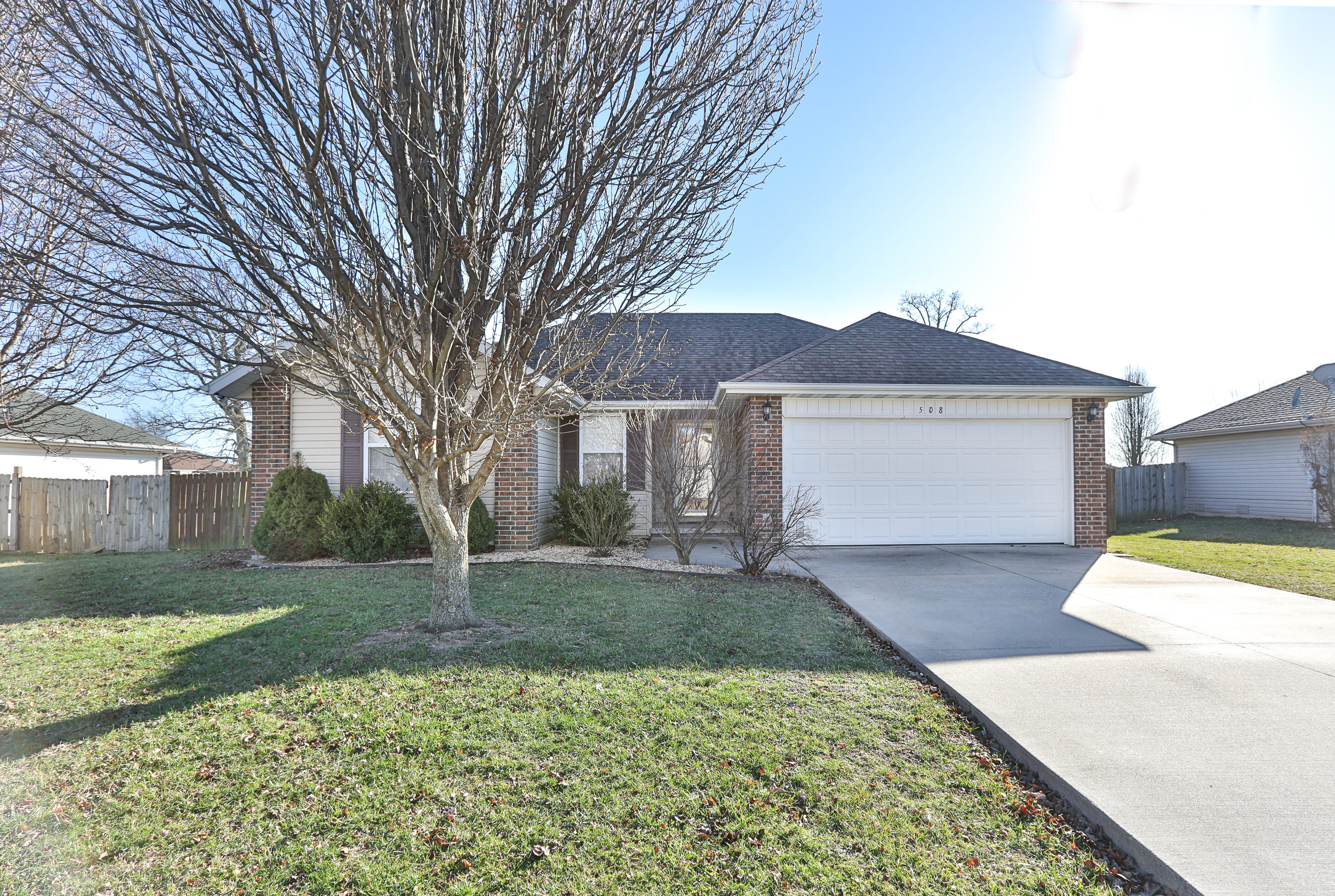 508 West Osage Clever, MO 65631