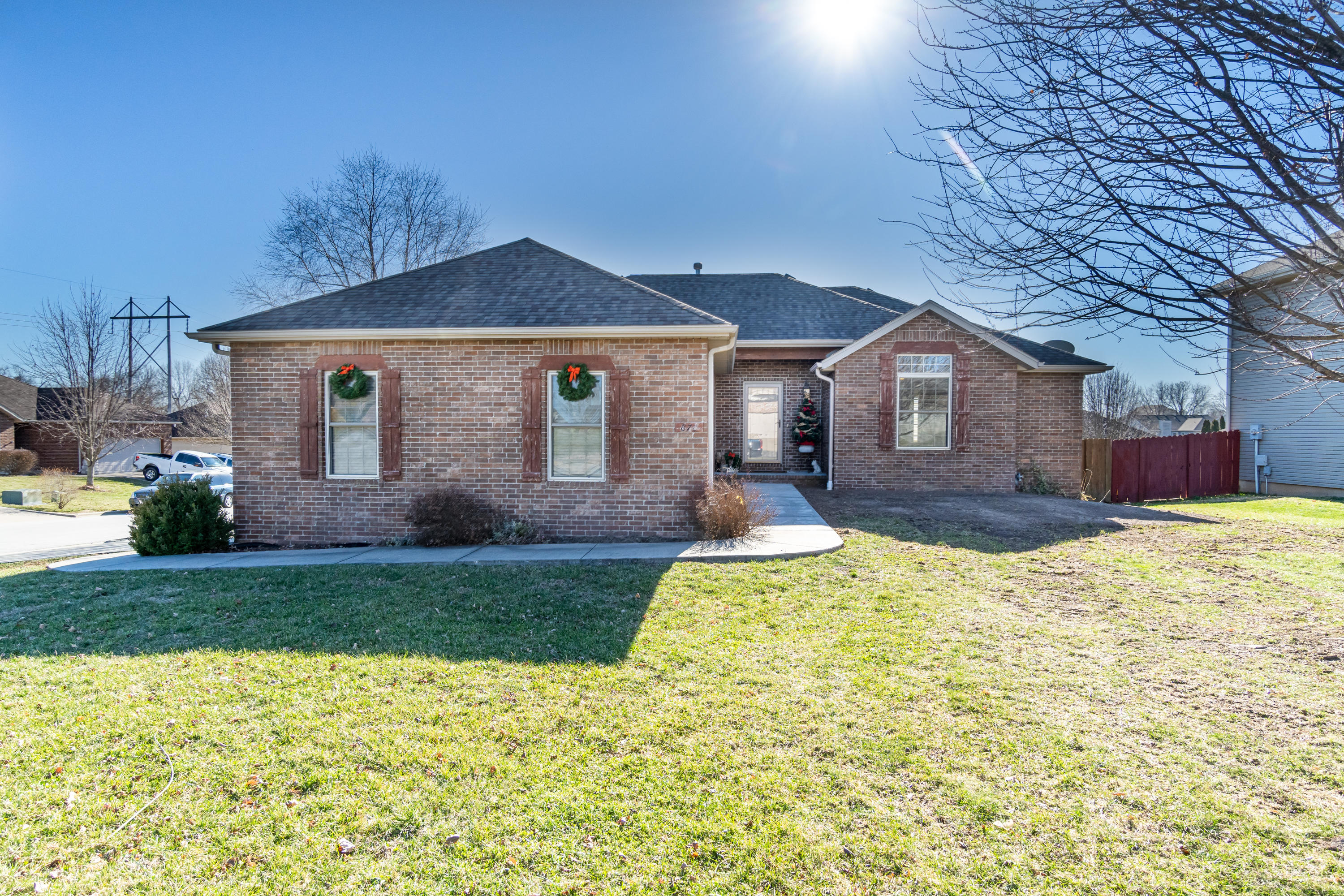 870 West Pembrook Avenue Nixa, MO 65714