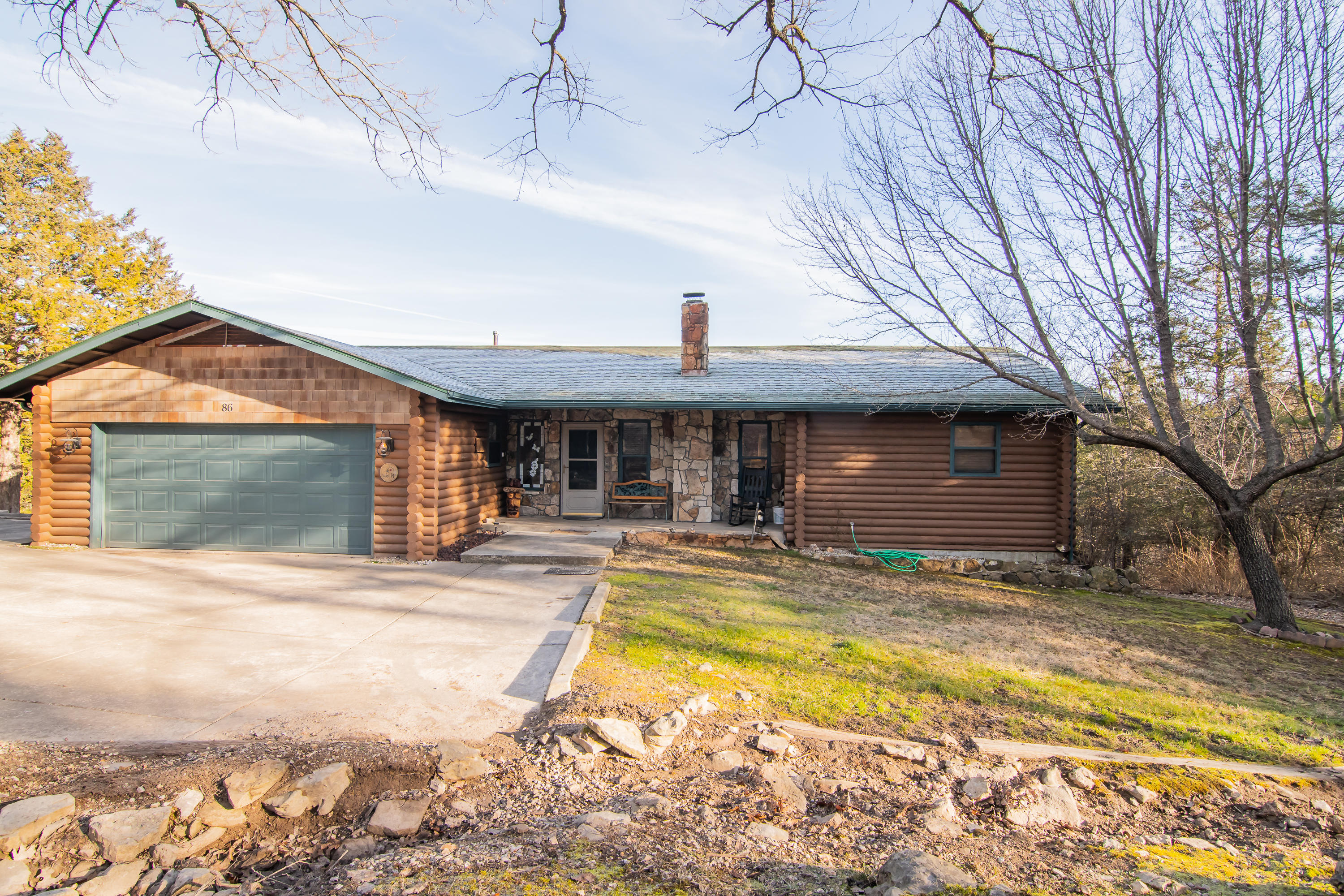 86 Carefree Lane Kimberling City, MO 65686