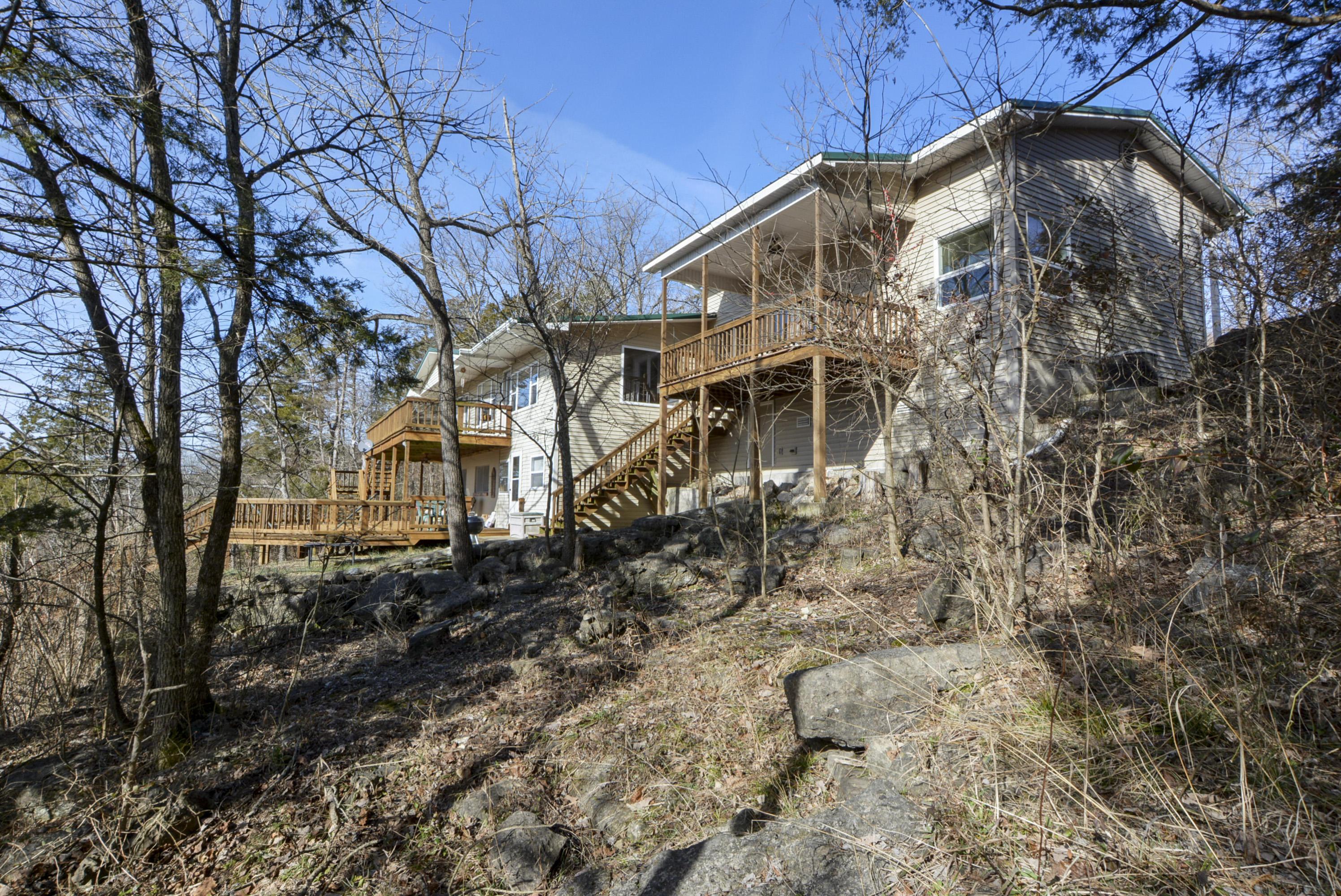 27003 Farm Road Eagle Rock, MO 65641