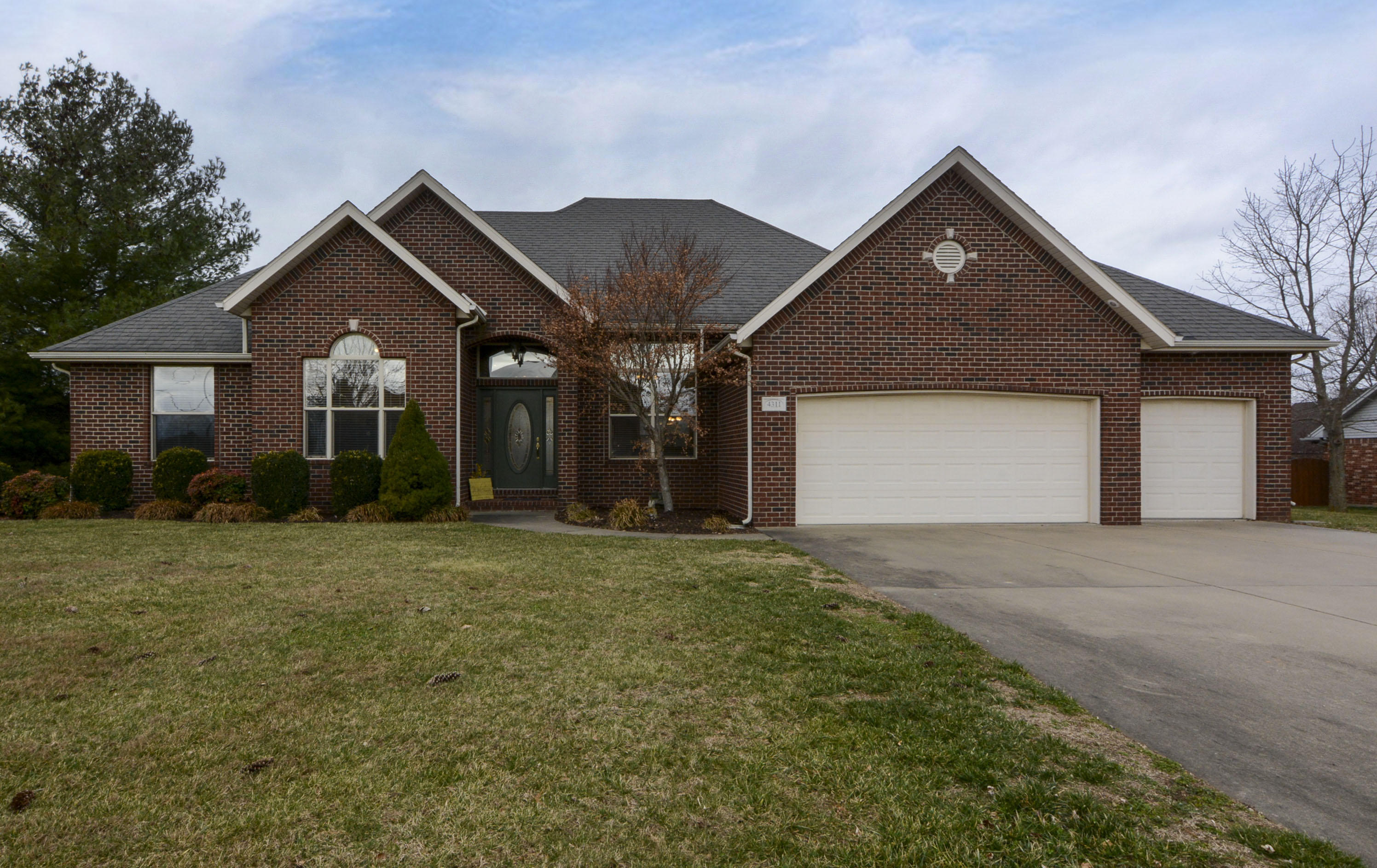 4311 North 6th Street Ozark, MO 65721