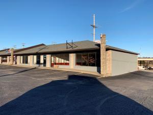 519 East South Street, Ozark, MO 65721