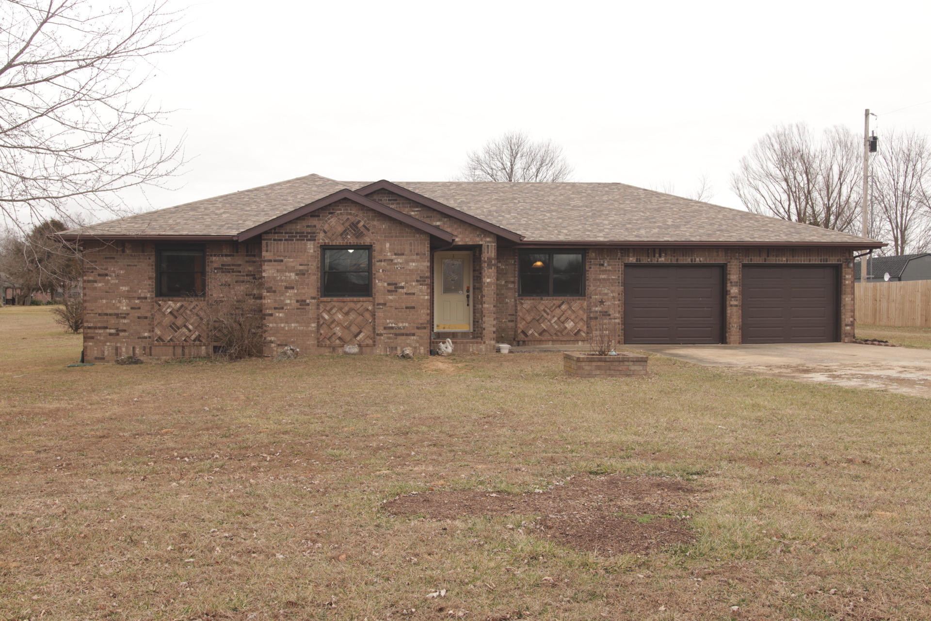 302 Rogers Court Sparta, MO 65753