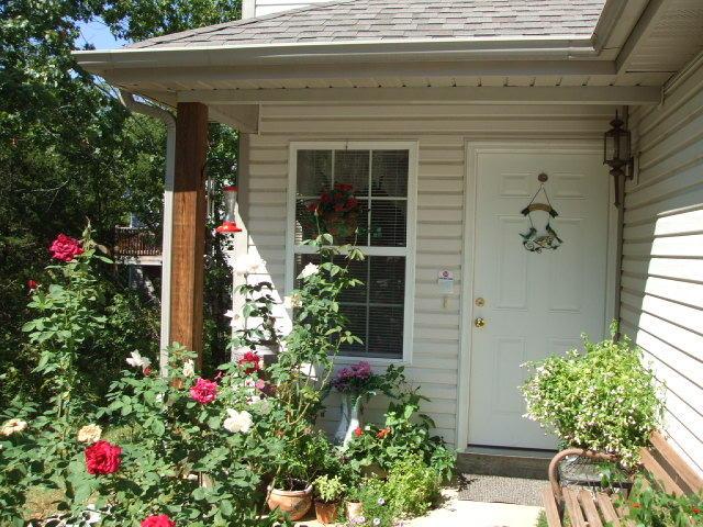 4055 White Oak Road Merriam Woods, MO 65740