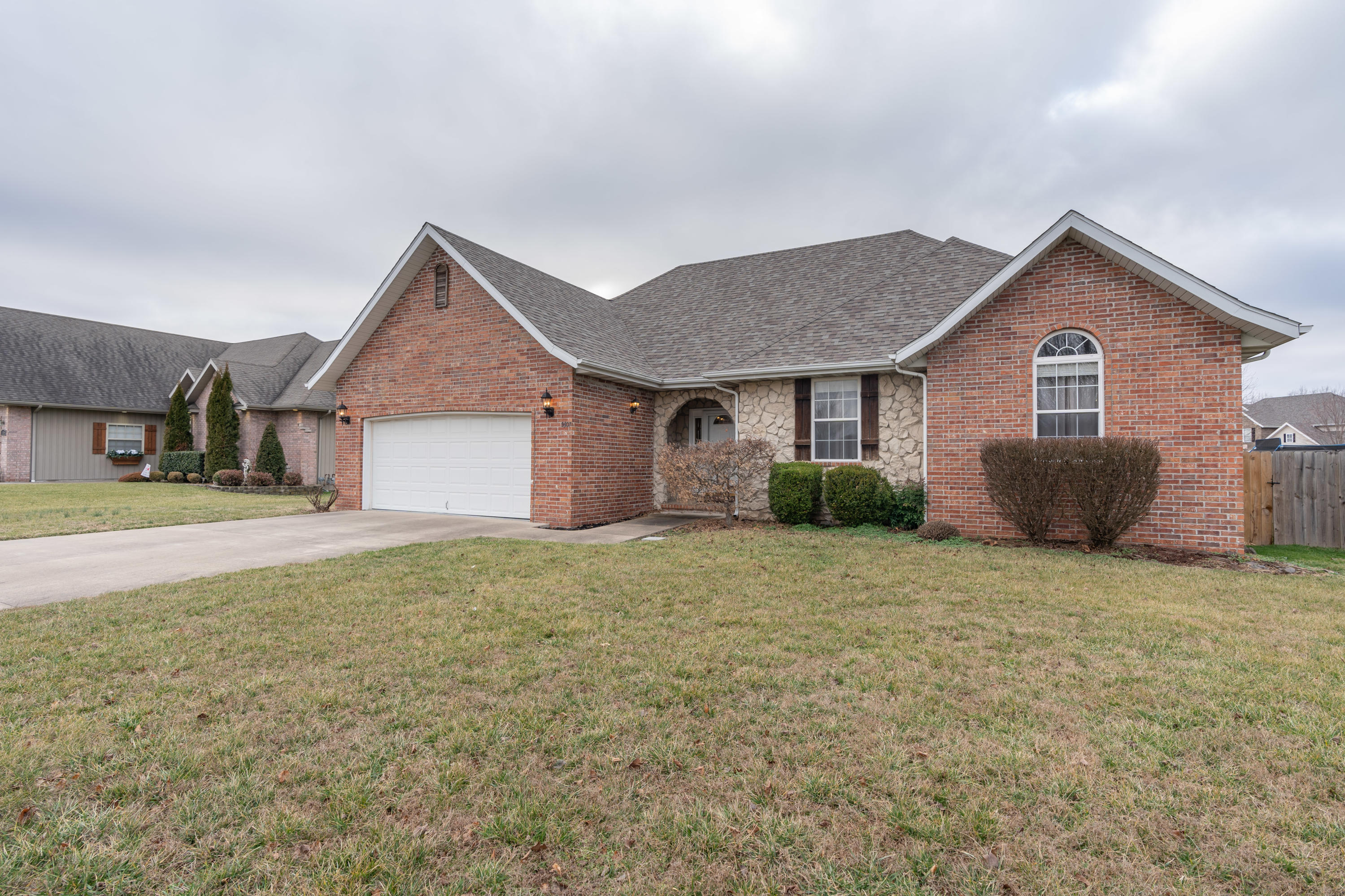 5307 North 11th Avenue Ozark, MO 65721