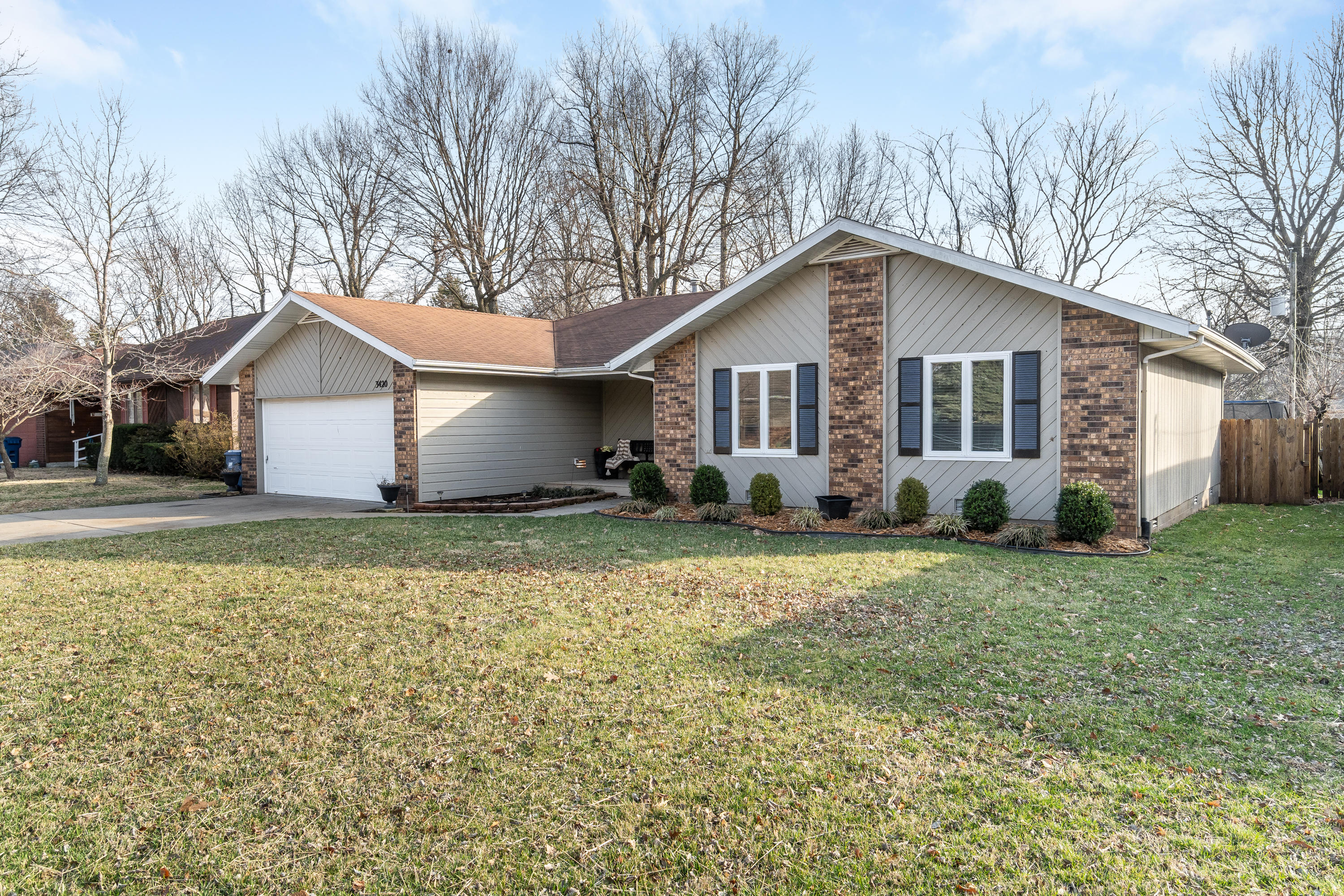 3420 West Camelot Street Springfield, MO 65807