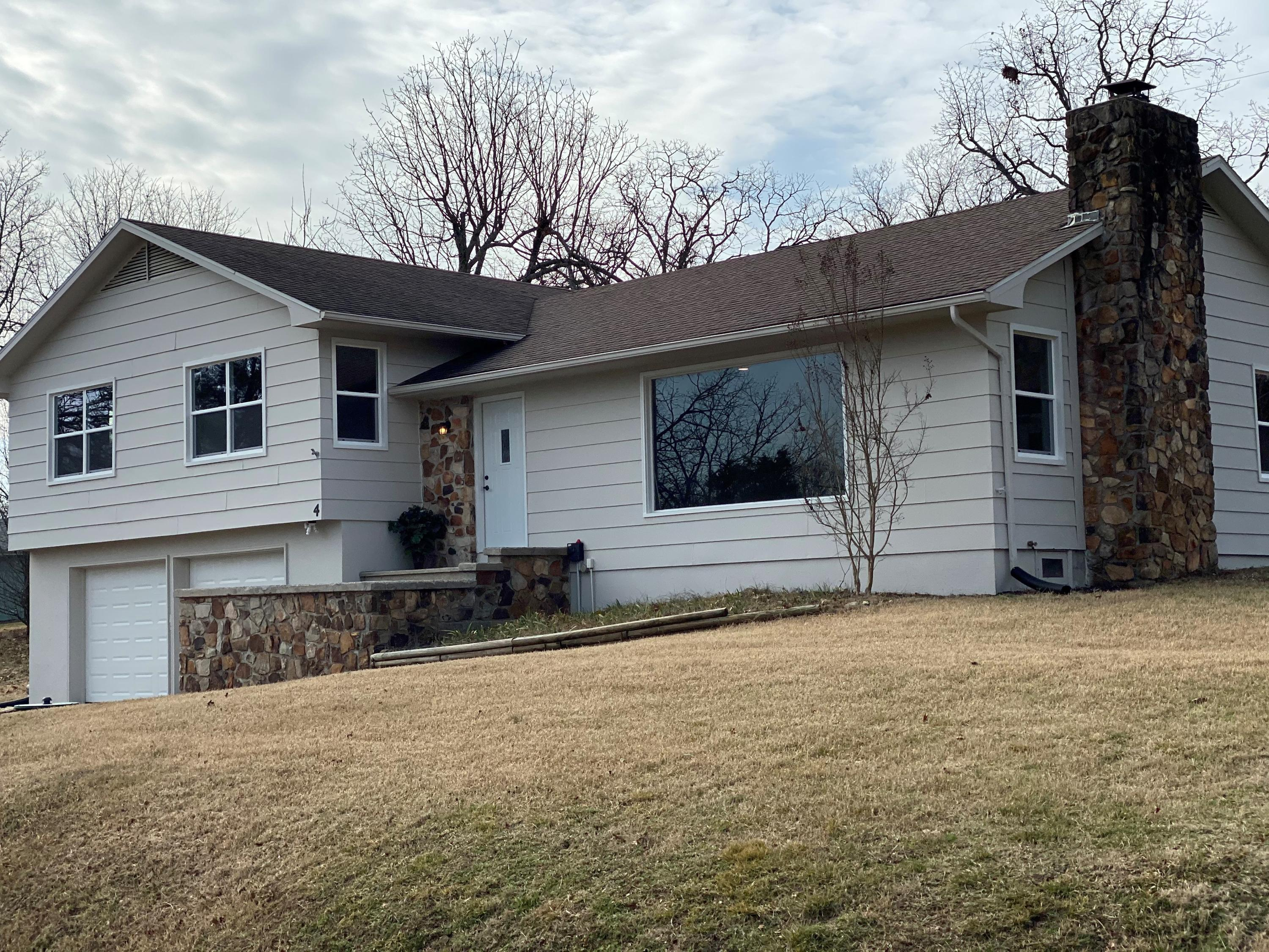 4 Table Rock Heights Kimberling City, MO 65686